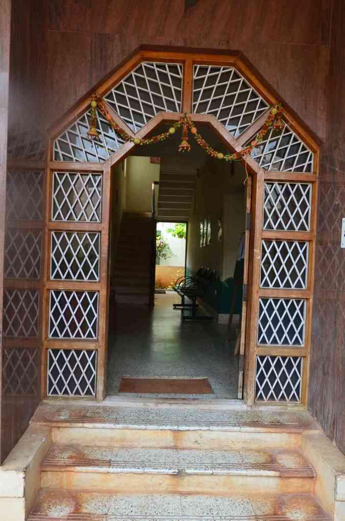 dixit health clinic door