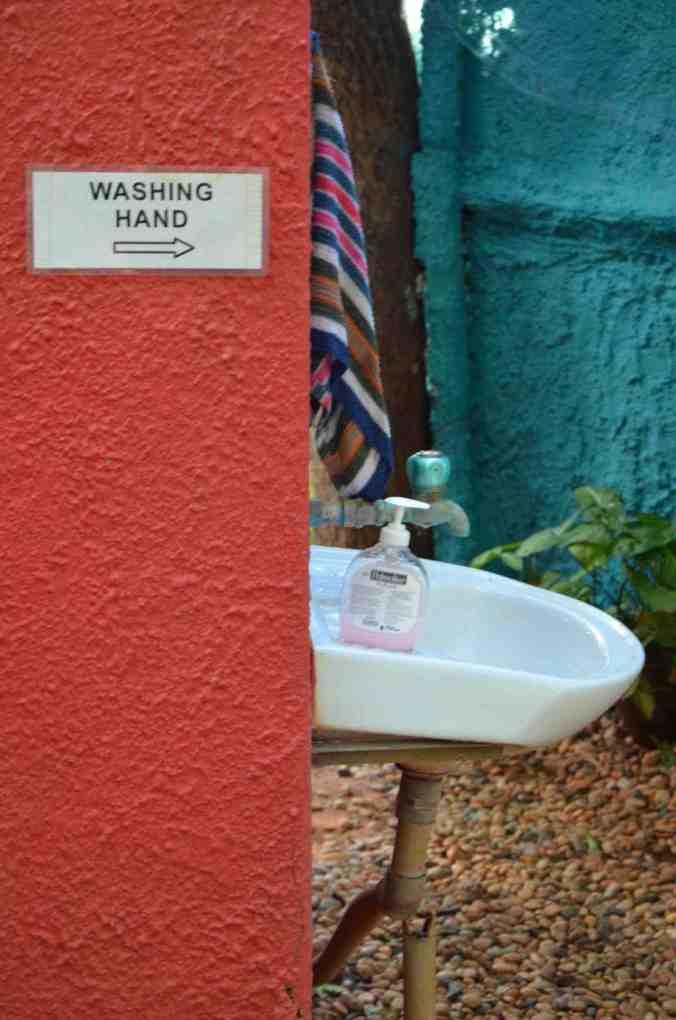 cibo washing hand