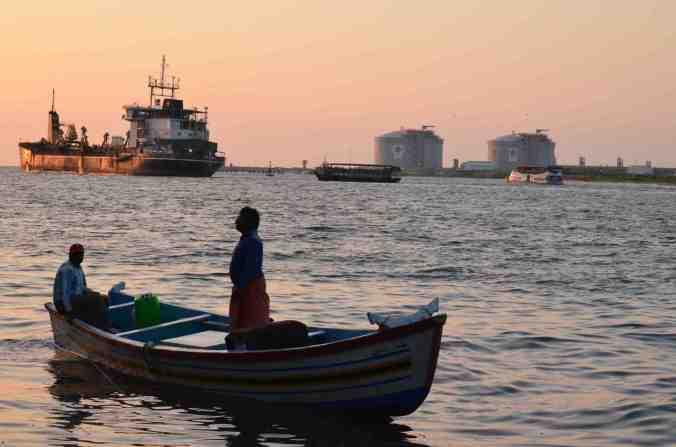 city mare tramonto